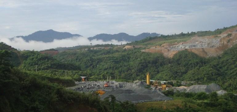 Trạm trộn bê tông cho công trường nhà máy thủy điện