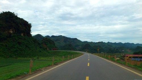Phía trước là rừng Cúc Phương